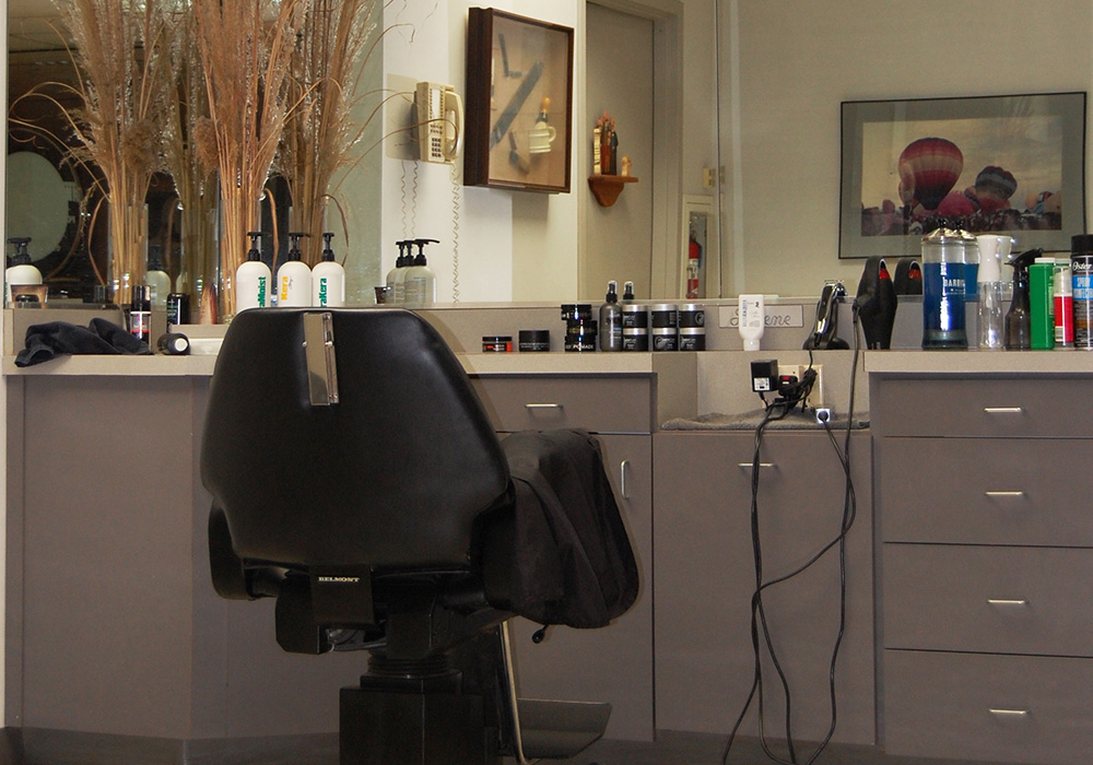 mens barber / hair salon serving Mt. Laurel, Moorestown,